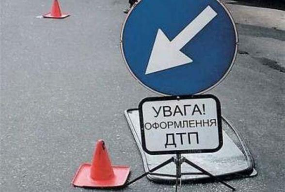 На Чорновола водій збив мотоцикліста та втік. Потерпілий у лікарні