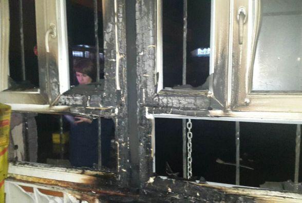 Десять ящиків «Мівіна» згоріло у літинському кіоску. ФОТО