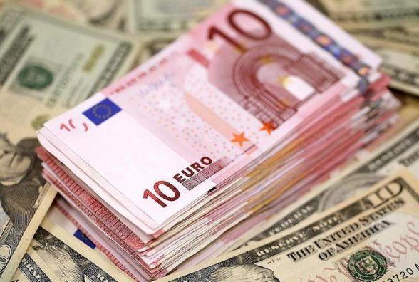 Курс валют від НБУ на 14 березня. Долар і євро піднімаються вгору