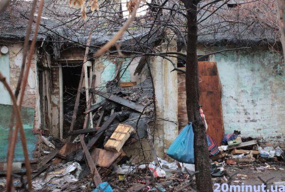 Звалище на Немирівському шосе: сміття все ще на місці, але обіцяють прибрати