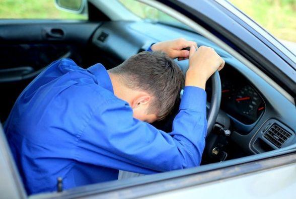 Суд через булочку з маком виправдав водія, якого піймали «під кайфом»