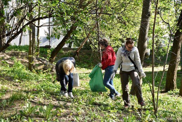 Нові дерева та чисті двори: перед Пасхою у Вінниці проведуть суботник