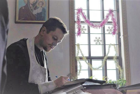 Священик просить небайдужих надати матеріальну допомогу на зйомки фільму