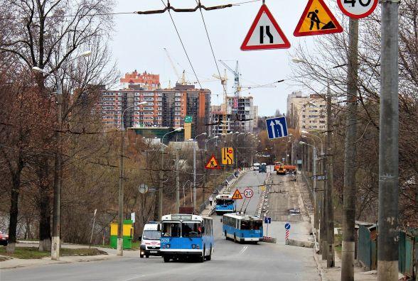 Компанія, що надає техніку для ремонту Київського мосту, банкрот. Чи є ризик?