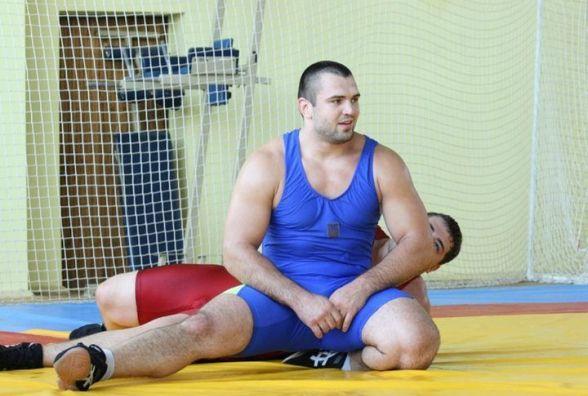 Борець Ігор Дідик відновився після важкої травми і тріумфально повернувся на килим