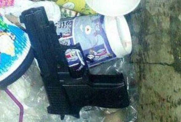 Засудили двох юнаків, які з іграшковим пістолетом напали на вінничанина
