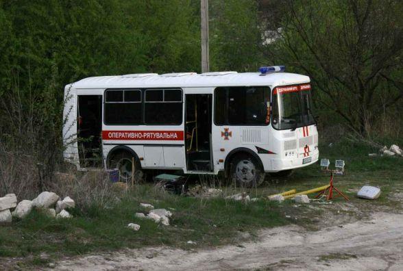 Під завалами старої штольні у селі Гарячківки більше 30 рятувальників шукають чоловіка