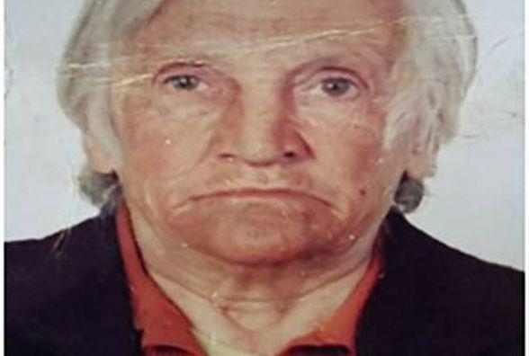 Бабуся Олена вийшла на зупинці «Урожай» з тролейбусу та пропала. Допоможіть знайти