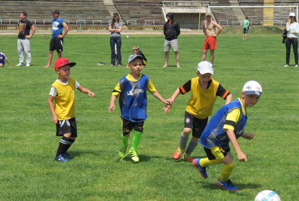 На фестивалі дитячого футболу у Вінниці перемогли … всі 40 команд