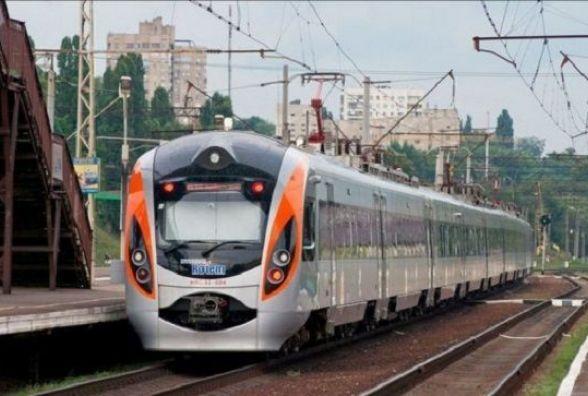 До польського Перемишля запустять новий потяг. Він курсуватиме через Вінницю