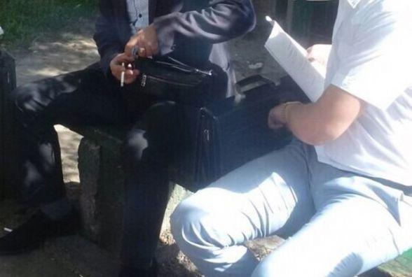 Старший дільничний офіцер продавав наркотики. Його зловили на гарячому (ФОТО)