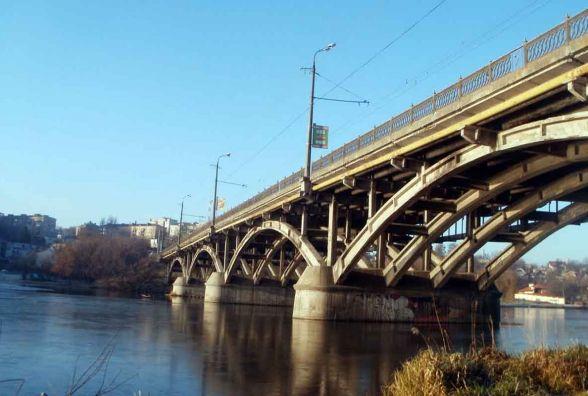 В вівторок відкриють рух громадського транспорту по Київському мосту