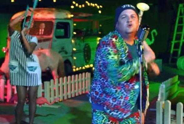 «ТІК» презентував кислотний кліп на пісню «Емочка»