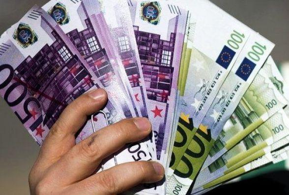 Курс валют НБУ на 28 липня: євро тримається вище 30 гривень