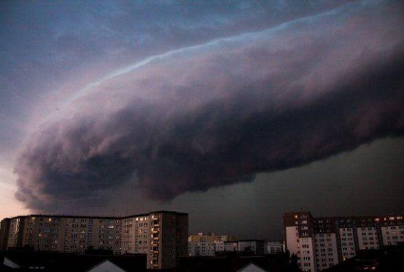 На Україну суне грозова буря з Польщі. Прогноз погоди на наступний тиждень