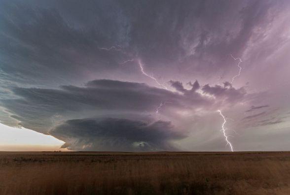 Українців попередили про бурю з градом. Чи омине стихія Вінницю?