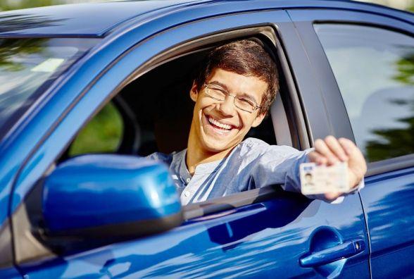 Залишилось мало часу: Правила отримання нових водійських посвідчень