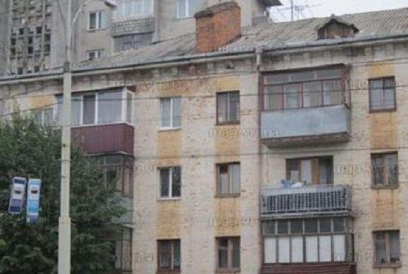 Фасади будівель на Коцюбинського обшарпані. Вінничанин пропонує їх оновити