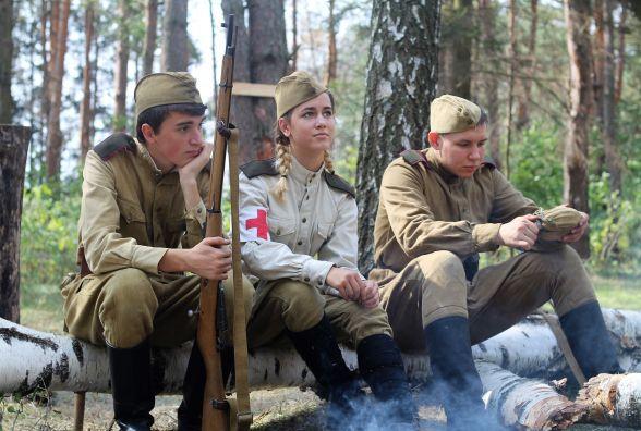 Війна без переможців: на ставці Гітлера в бою зійшлися «червоні», повстанці та нацисти