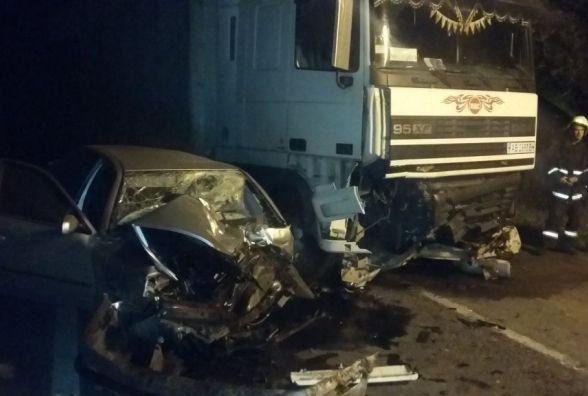 Смертельне лобове зіткнення на Козятинщині. Одного із водіїв вивільняли рятувальники