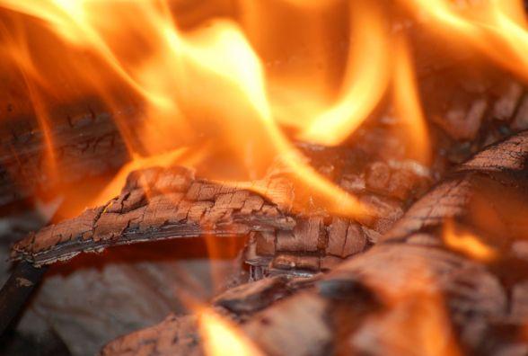 В Вінниці вбили та потім спалили чоловіка та дружину. На місці працює поліція