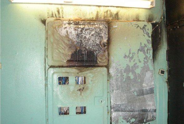 На Ширшова у багатоповерхівці зайнялися електролічильники. Півсотні людей евакуювали