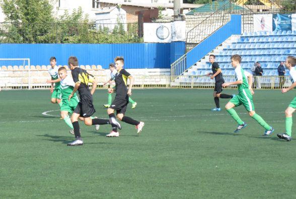 «Прем'єр-Нива» U-14 здобула четверту поспіль перемогу і втримала лідерство в ДЮФЛ України