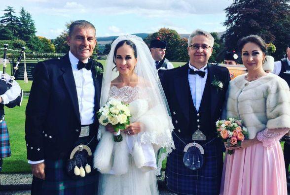 Екс-комуністка Оксана Калетник вийшла заміж … в Шотландії. Хто був на весіллі