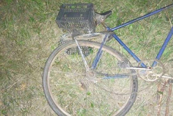На Вінниччині 26-річний велосипедист потрапив під колеса «Mercedes Vito»