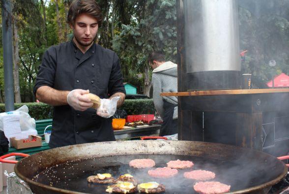 Як проходить «Vinnytsia Food Weekend»: «кілометрові» черги за делікатесами