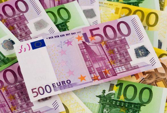 Курс валют НБУ на17 жовтня. Чорний ринок та банки дивують ціною євро