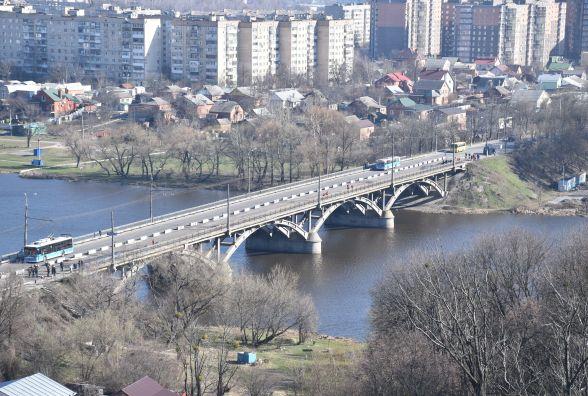 Ремонт Київського мосту: з неділі до понеділка тролейбуси там не ходитимуть