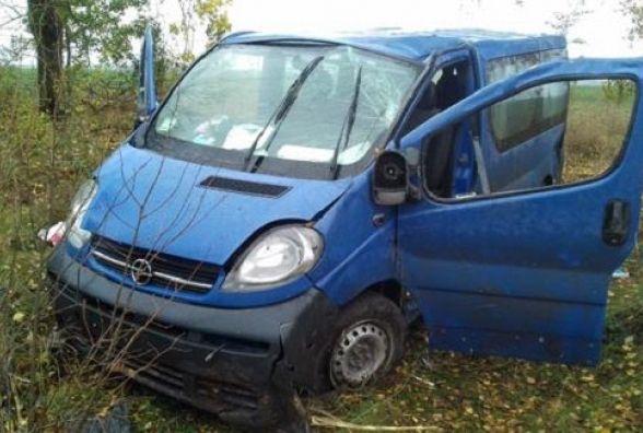 Смертельна аварія під Тульчином: водій загинув, а пасажир отримав травми