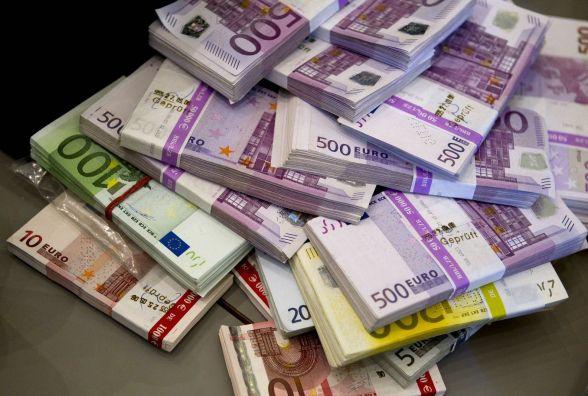 Курс валют НБУ на 31 жовтня. Євро та долари дорожчають