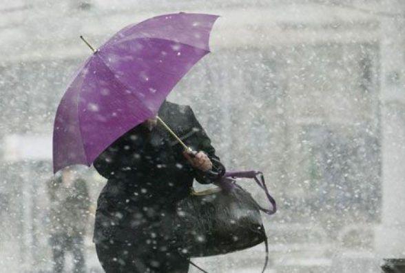 Погода в Вінниці на 31 жовтня: штормовий вітер та мокрий сніг