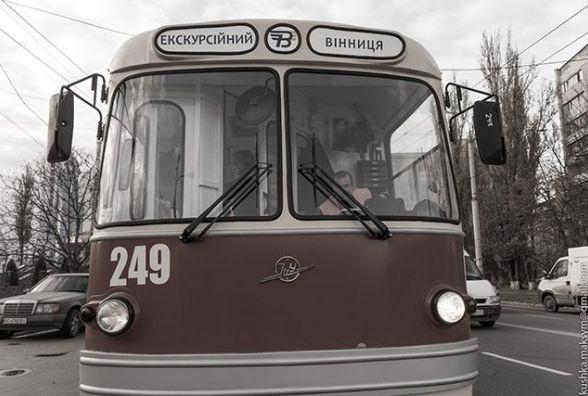 Ретро-тролейбус виїхав на вінницькі вулиці. Перша екскурсійна подорож
