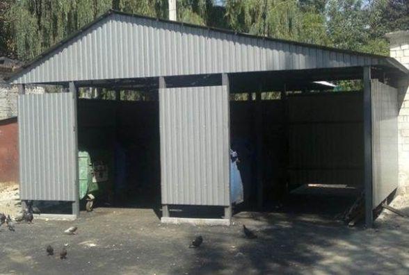 З металопрофілю та дахом: в Вінниці встановлюють сміттєві майданчики