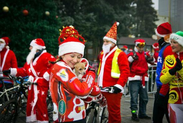 Вінничан запрошують на Велопарад Дідів Морозів. Снігурок теж чекають