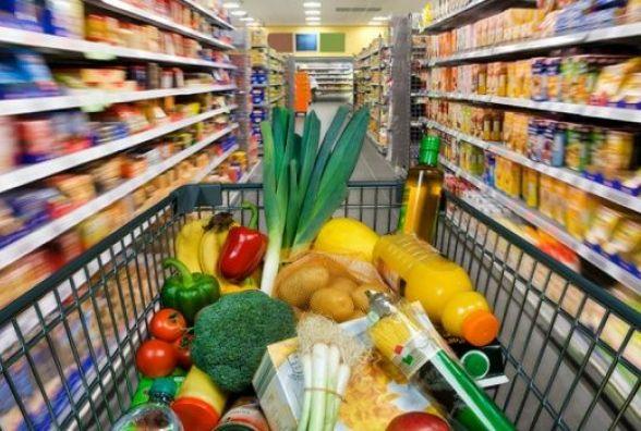 НБУ: ВУкраїні значно подорожчають продукти і послуги