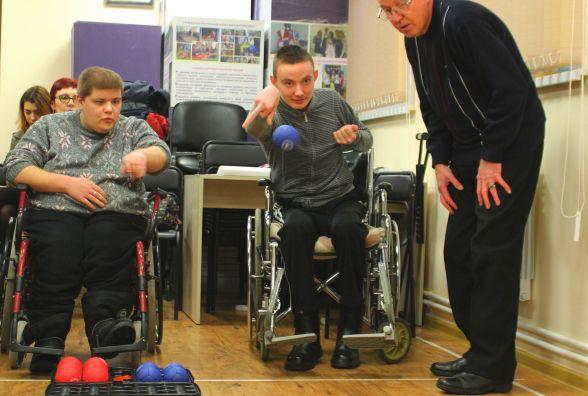 У Вінниці для людей з інвалідністю влаштували змагання з бочче