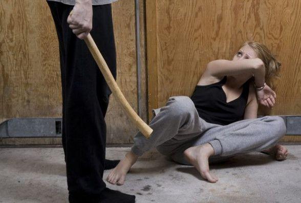 Тиран в сім'ї: Закон посилює покарання. Що радить психолог жертвам?