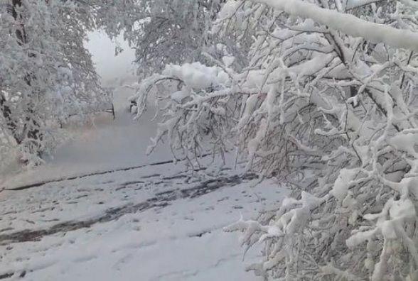 Потужні снігопади і ковзанка замість асфальту - в Україні погіршиться погода