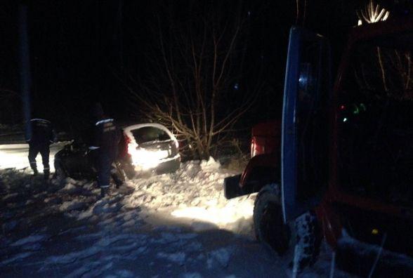 Наслідки негоди на Вінниччині: у полоні опинились водії 12 автівок