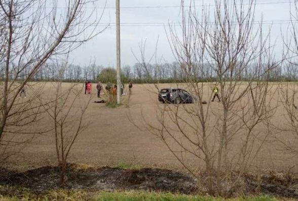 За «Гостевією» авто злетіло з дороги і кілька разів перекинулося. Що з водієм?