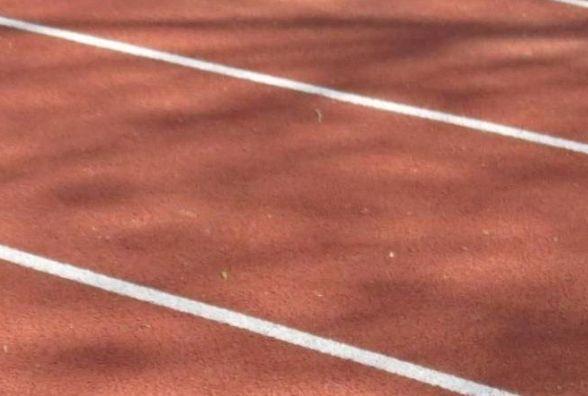 """Підприємець """"заробив"""" на ремонті доріжки вінницького стадіону більше 900 тисяч гривень"""