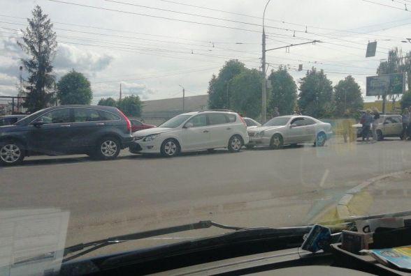 ДТП за участі чотирьох автівок на Келецькій. Відео за четвер