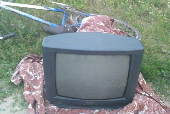 Крадене віз на велосипеді: у жителя Бершадського району поцупили телевізор, обігрівач та чайник