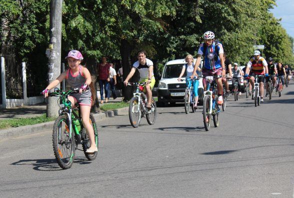 Як Вінницю зробити веломістом: більше велодоріжок та чиновників на байки