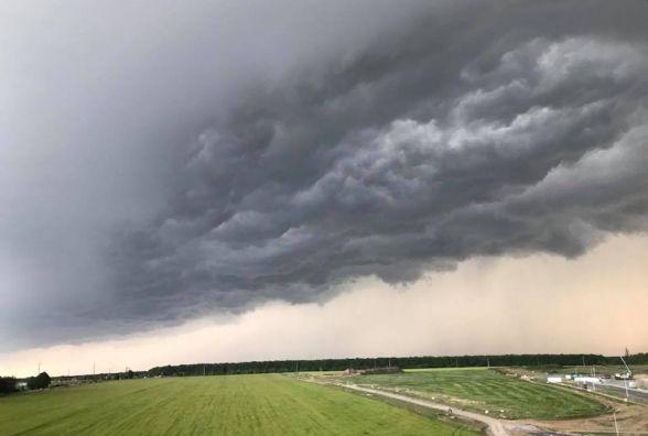Дощі зі шквальним вітром та грози — прогноз синоптиків на 13-14 червня