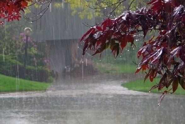Цілий тиждень шторму: синоптики попередили про негоду